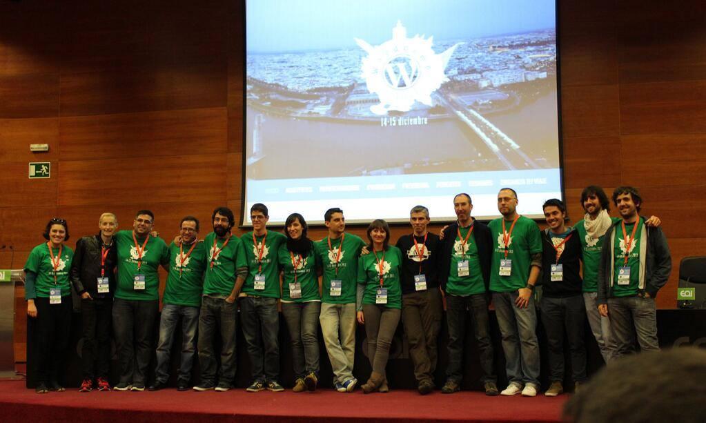 WordCamp Sevilla 2013 — Cierre de evento con todo el equipo de organización